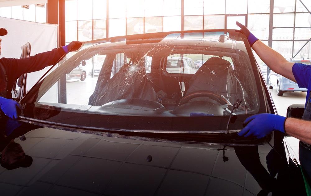 علت ترک خوردن شیشه ماشین