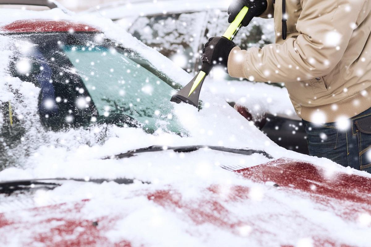 نحوه گرم کردن خودرو در زمستان و نکاتی برای رانندگی در این فصل